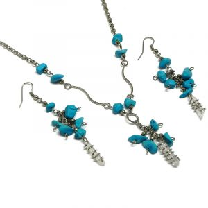 Handmade chip stone and silver metal wire wrapped clear quartz crystal point necklace and matching dangle earrings in turquoise howlite color.