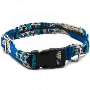 Pet dog collar with Aztec inspired tribal print pattern in turquoise, blue, teal, green and beige color combination.