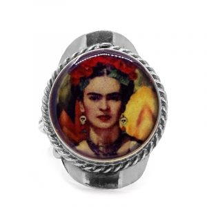 Round-shaped acrylic Frida Kahlo face graphic design on alpaca silver metal ring with rope edge border in red, golden yellow, dark orange, beige, black, and olive green color combination.