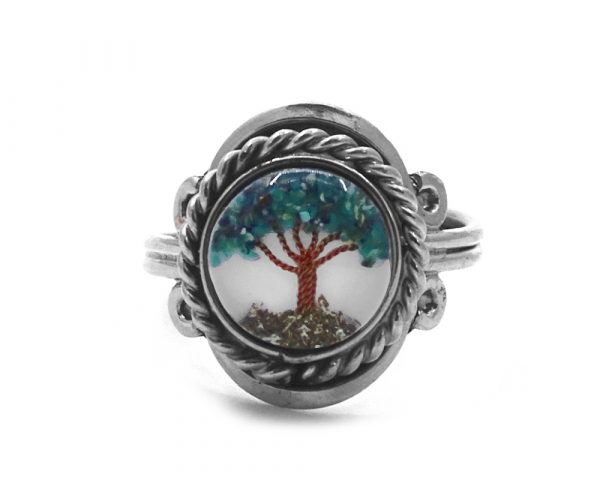 Mini round-shaped clear acrylic resin, copper wire, and crushed chip stone inlay tree of life on alpaca silver metal ring with rope edge border in teal chrysocolla color.